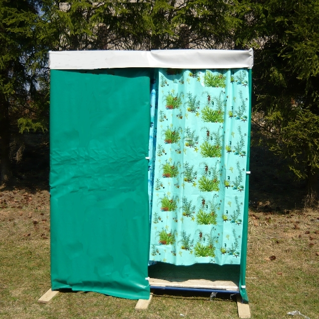 Садовый душ с раздевалкой без бочки, без раковины «БРИЗ Д5»